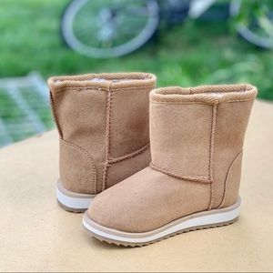 Wonder Nation Toddler Girls Faux Shearling Boots